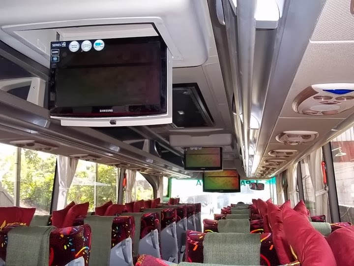 interior-bus-high-deck